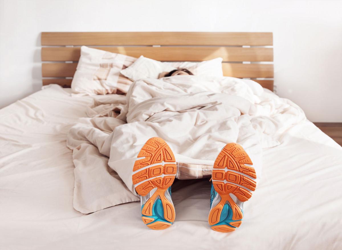 Egzersiz Kıyafetlerinde Uyu, Uyandığında Hazırsın, Fırla!