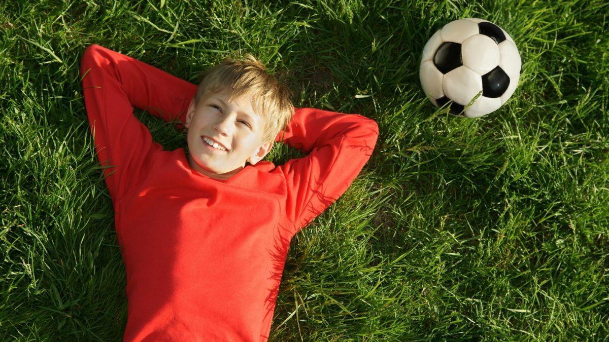 Futbol Oynanmaya Ne Zaman Başlanmalıdır