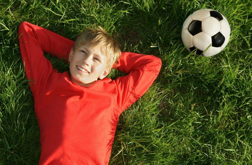 Futbol Oynanmaya Ne Zaman Başlanmalıdır?