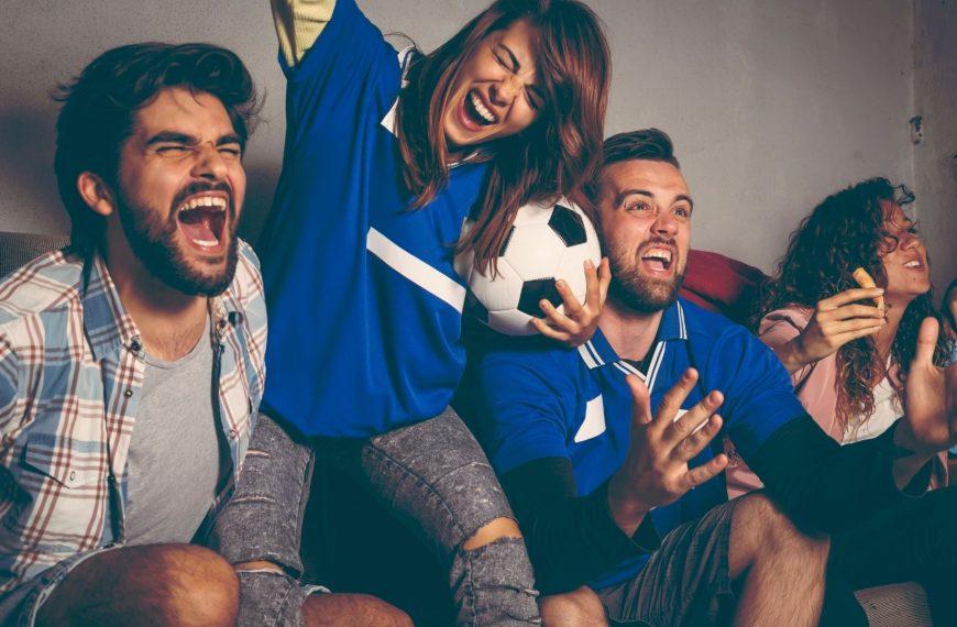Futbolu Nerede İzlemekten Hoşlanıyorsun?